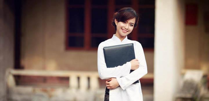 tacgiatacpham img - Hiểu và nghĩ về bài thơ Nhàn của Nguyễn Bỉnh Khiêm