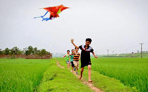 nhung bai tho hay ve que huong dat nuoc con nguoi 7 - Những bài thơ hay về quê hương đất nước con người